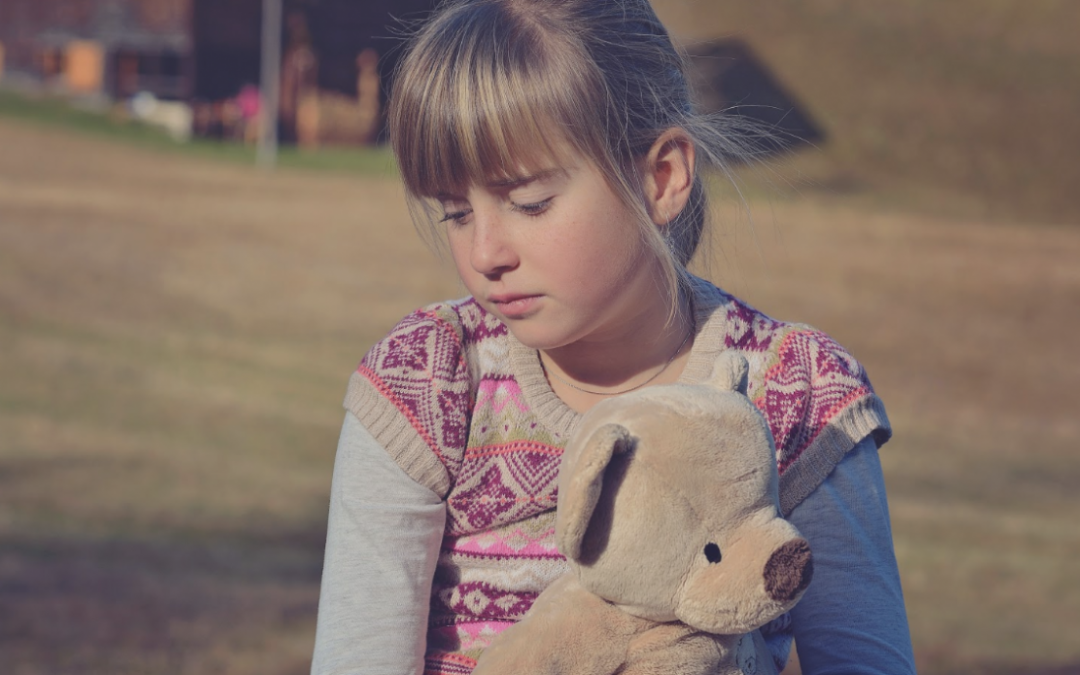 HOW TO RECOGNIZE THE SIGNS OF BULLYING AND WHAT TO DO IF YOUR CHILD GETS BULLIED AT SCHOOL